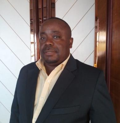 Dr. Gilberto Ngoca